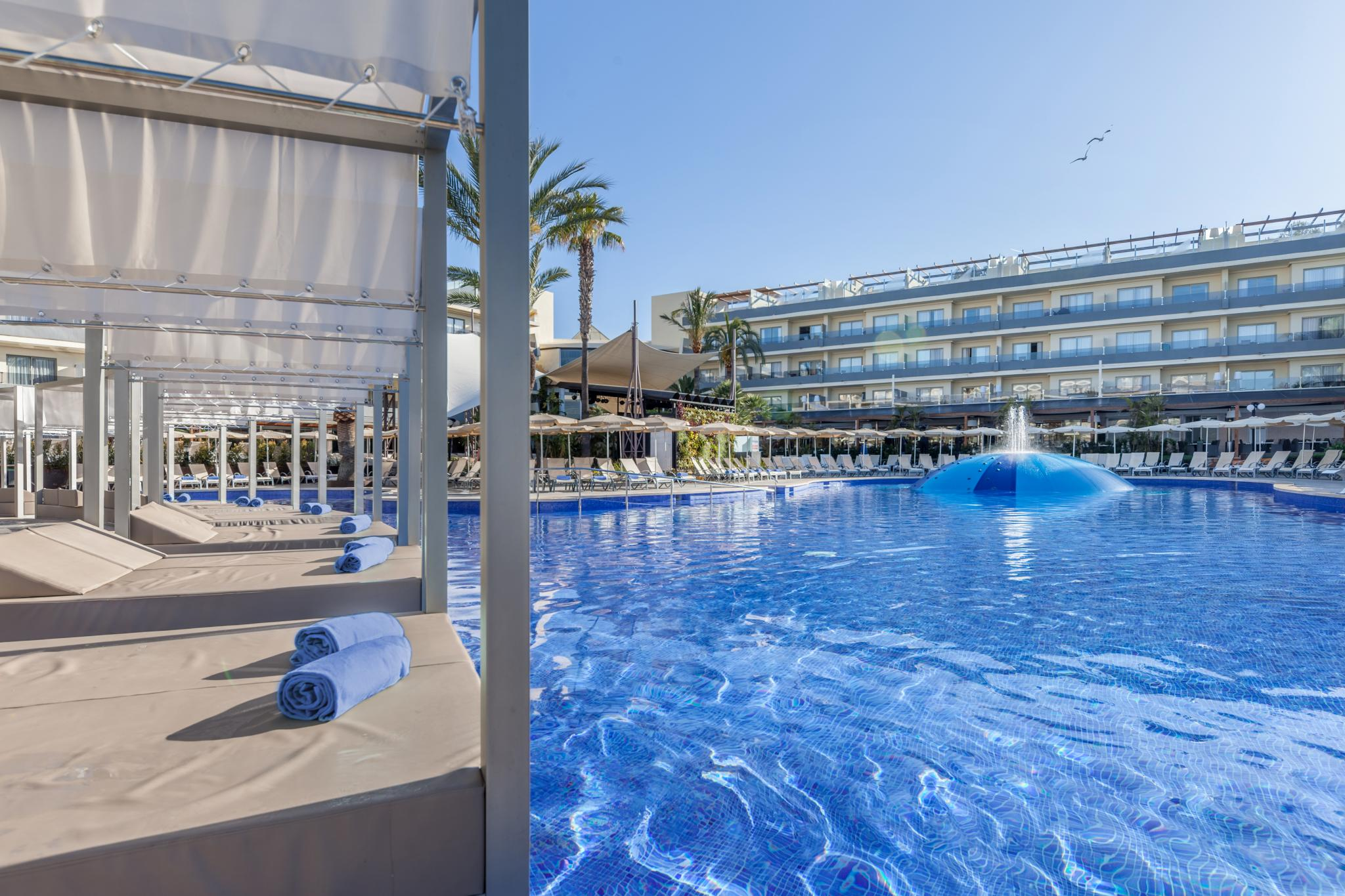 Services And Facilities Hotel Zafiro Palmanova Alcudia